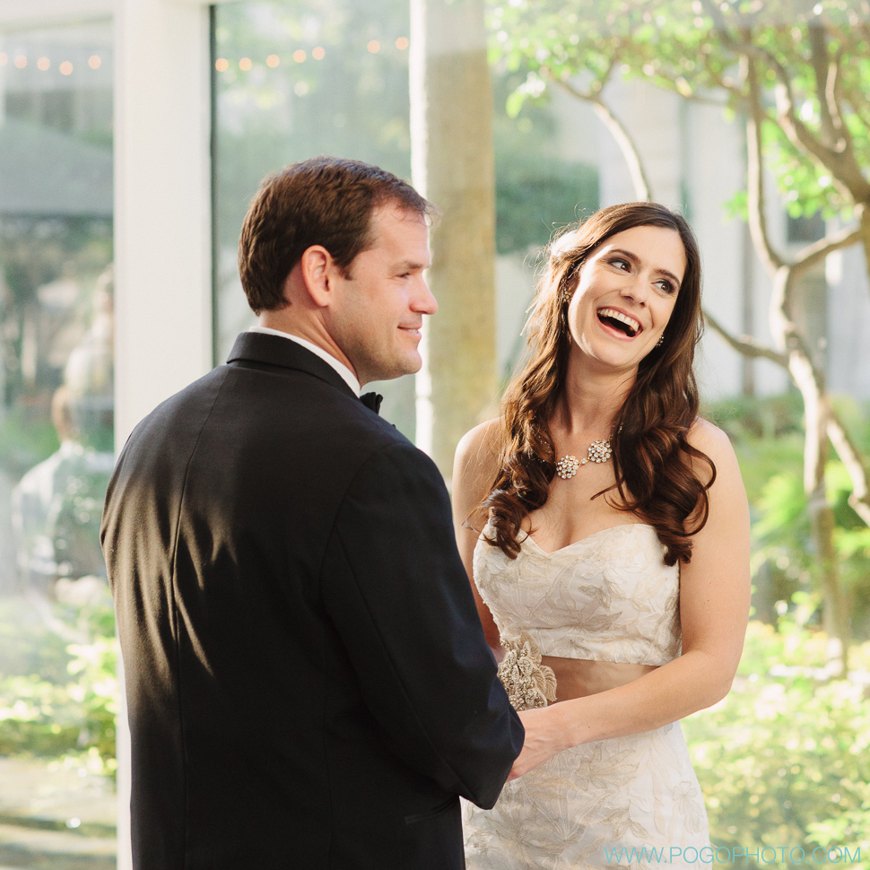 Indoor Floridian garden ceremony (image by Pogo Photo)